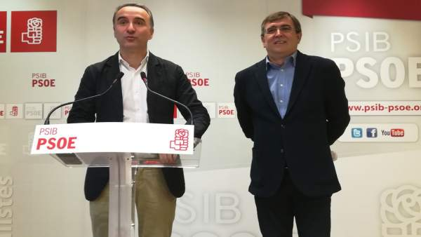 Pere Joan Pons y Francesc Antichb