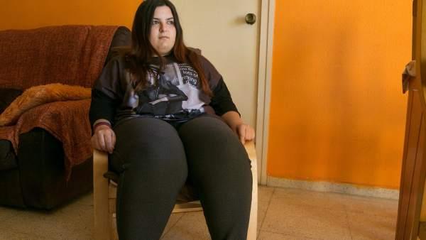 Brenda Fernández, paciente en lista de espera para operación bariátrica en el hospital de Bellvitge
