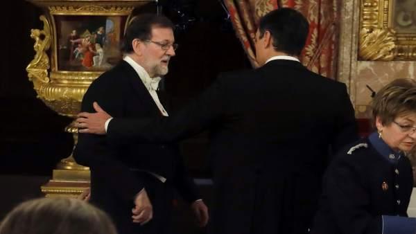 Rajoy y Pedro Sánchez en la cena en honor del presidente de Portugal