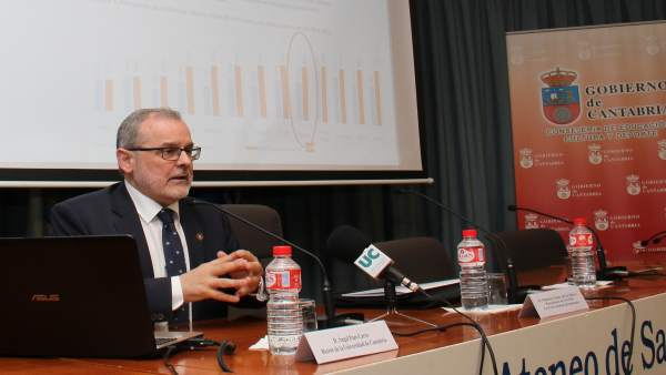 Intervención del rector de la UC, Ángel Pazos