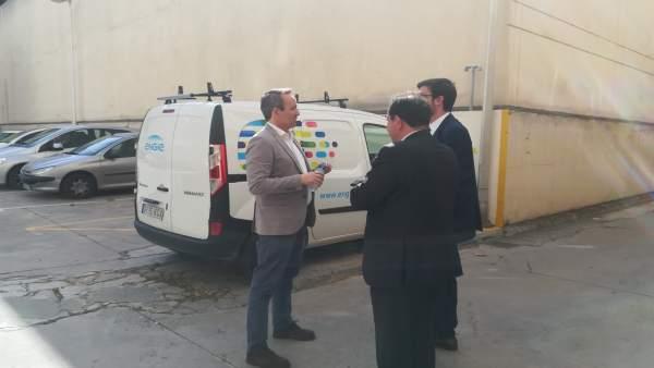 Pere Muñoz y Pedro Horrach en la salida trasera del Juzgado