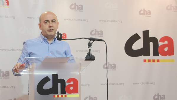 Miguel Jaime presenta las actividades del Día de Aragón de CHA.