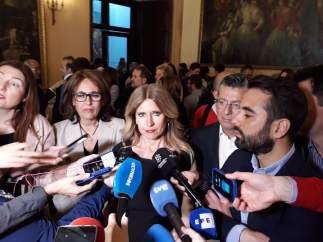 Eva Montesinos atiende a los medios junto a José Muñoz, este jueves