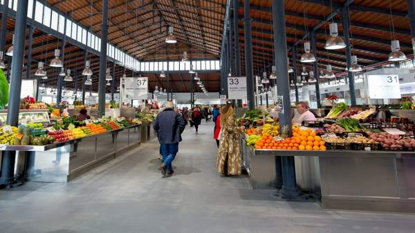 Interior del mercado central de Almería