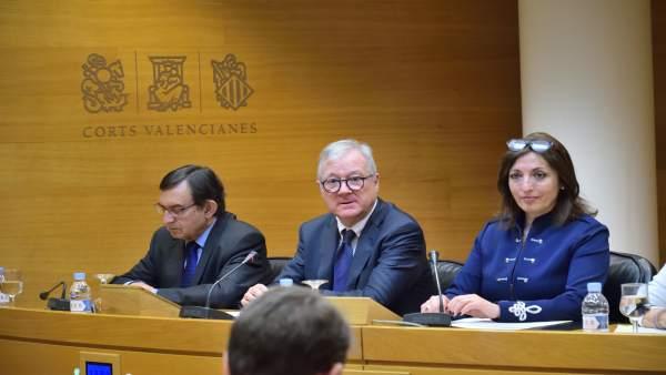 Valcárcel en la Comisión de Les Corts por las instituciones feriales
