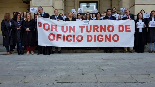 Concentración de abogados en Sevilla