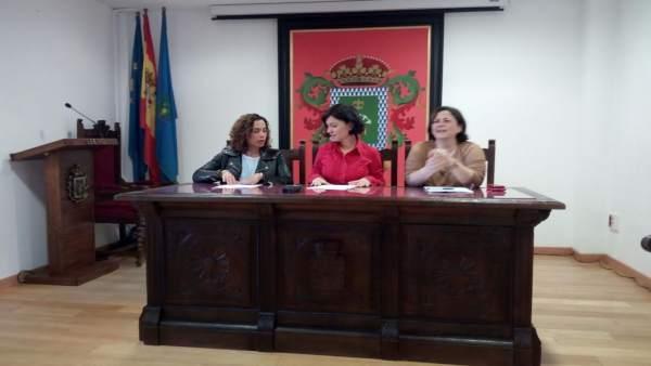 Almudena Cueto, Noelia Macías y Natividad Álvarez
