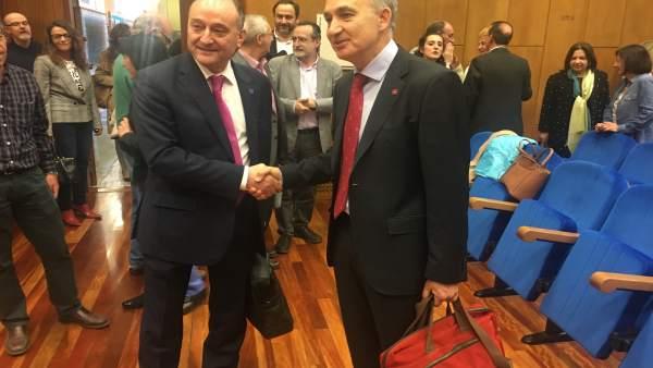 Valladolid.- Miguel San José y Largo Cabrerizo, antes de empezar el debate