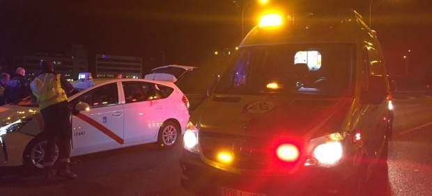 Un taxista atropella a un hombre en la M-40 de Madrid cuando cruzaba a pie