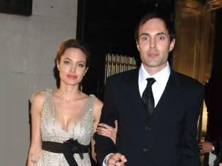 Angelina Jolie y James Haven
