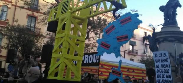 Concentración de la plataforma PROU!!! por una Ibiza 'digna y sostenible'