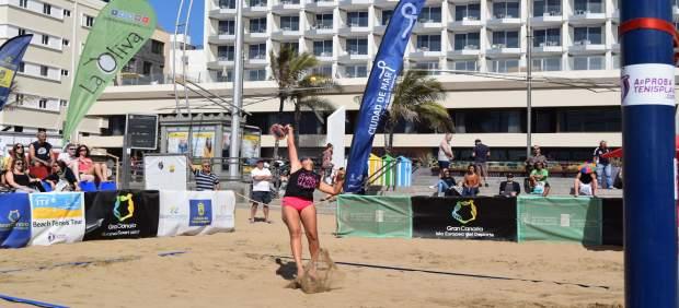 Omayra Farías revalida el título individual del ITF Beachtennis Gran Canaria 2018