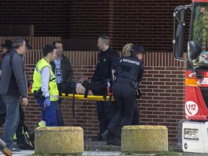 Una madre y su hija mueren asesinadas por la expareja de la joven en Vitoria