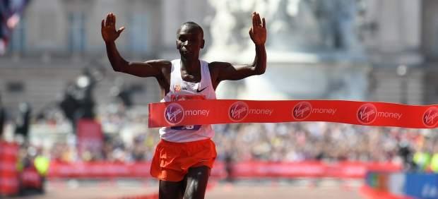 ¿Quién es Eliud Kipchoge, ganador de la Maratón de Londres?