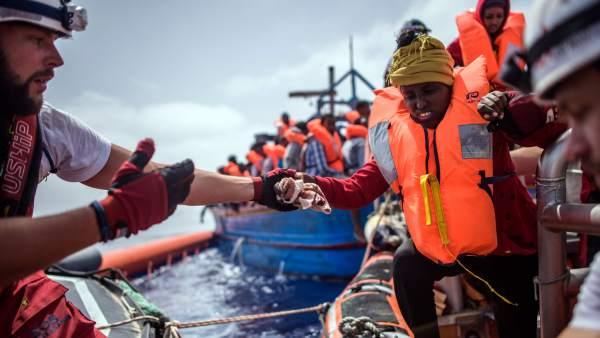 Rescate de inmigrantes en el Mediterráneo