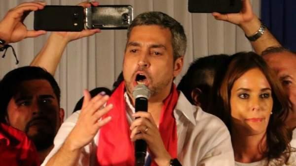 Mario Abdo Benítez gana las elecciones en Paraguay