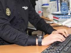 Piden dos años y medio de cárcel para un policía que espió a su expareja en la base policial de datos