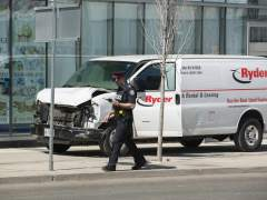 Al menos 9 muertos y 16 heridos en un atropello múltiple en Toronto