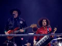 Crónica: Arcade Fire prende fuego con un concierto inolvidable