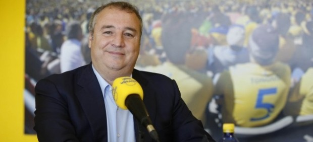 El presidente de la UD Las Palmas detenido al llegar al aeropuerto de Gran Canaria