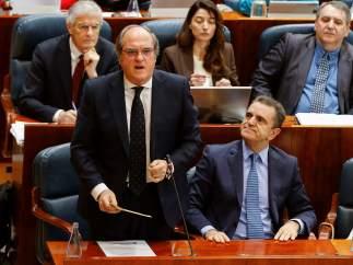 Ángel Gabilondo y José Manuel Franco, portavoz y portavoz adjunto del PSOE en la Asamblea de Madrid.