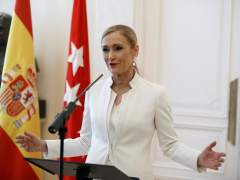 La dimisión de Cifuentes aumenta la presión de PSOE y Podemos sobre C's