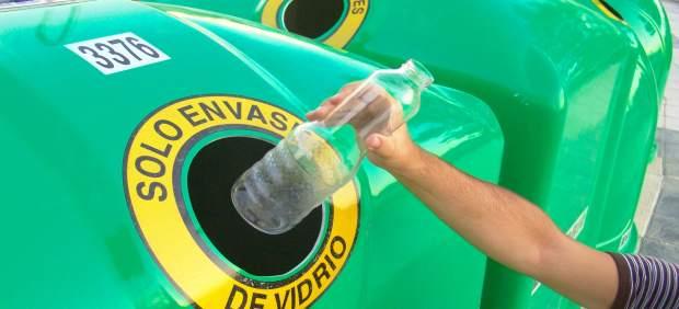 Los canarios reciclan casi 40.000 toneladas de vidrio en 2017, un 9,2% más que el año anterior