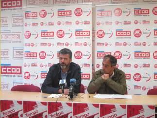 Ramón Sarmiento (CC.OO.) y José Antonio Gómez (UGT) en la rueda