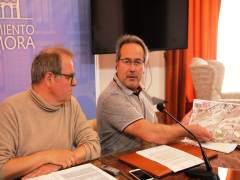 Guarido y el concejal de Comercio, en rueda de prensa.