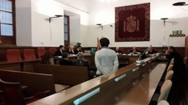 Juicio contra la alcaldesa de Caniles y el expresidente de la Diputación