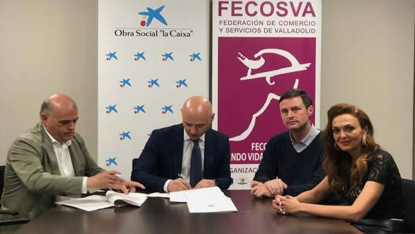 Firma del acuerdo entre Fecosva y CaixaBank. 26-4-2018