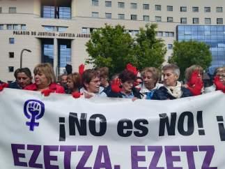 """Mujeres juristas Themis: """"Esta sentencia lanza un mensaje de desesperanza para las mujeres"""""""