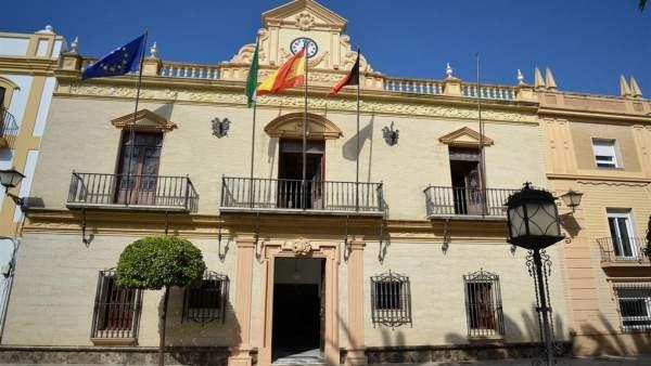 Fachada del Ayuntamiento de Ayamonte.