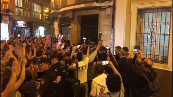 Protesta en contra de Rafael Catalá por la sentencia de 'La Manada'