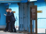 Moon Jae-in recibe a Kim Jong-un