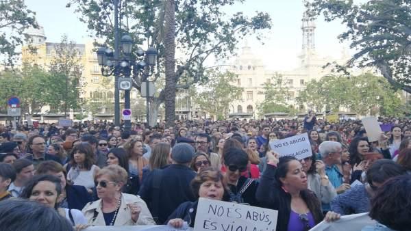"""Oltra sobre la sentència a 'La Manada': """"No és abús, és violació"""""""