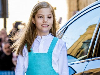 La infanta Sofía posa durante la Misa de Pascua.