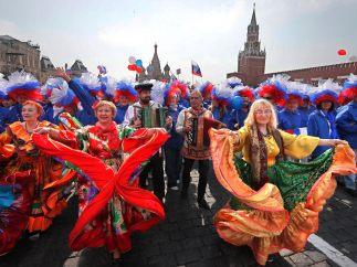 Colorido Primero de Mayo en Moscú