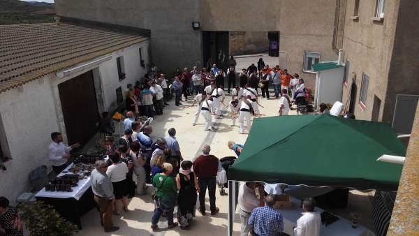 Castejón de Valdejasa celebrará este sábado su Feria del Conejo Escabechado