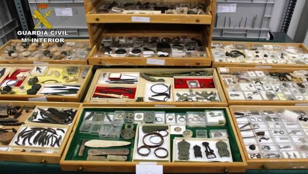 Guardia Civil recupera 10.000 piezas de gran valor prehistórico