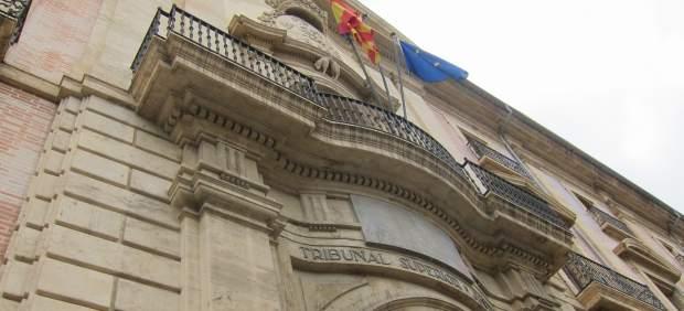 El TSJ anula 11 artículos del decreto que regula el uso del valenciano en la Administración autonómica
