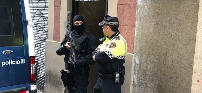 Operación contra un narcopiso del Raval de Barcelona.