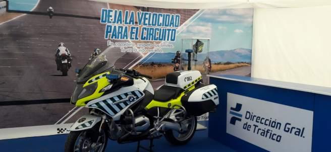 Stand de tráfico en el circuito de Jerez