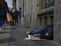 ¿Tú les ves?: la soledad en las calles