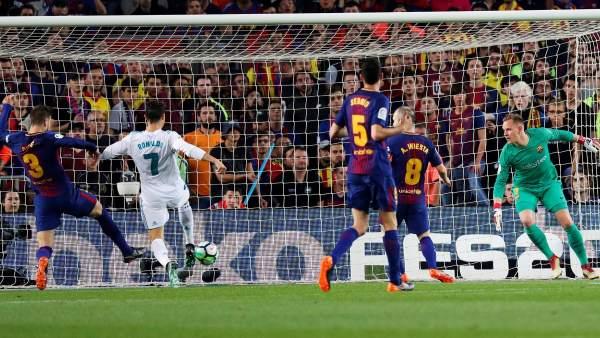Empate entre Barça y Real Madrid en un clásico tenso