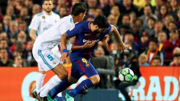Hernández Hernández ignoró al cuarto árbitro, que le dijo ...