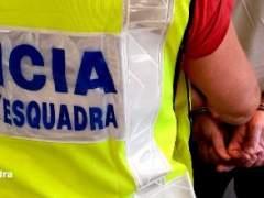 Cuatro detenidos por agredir sexualmente a una joven en Molins de Rei