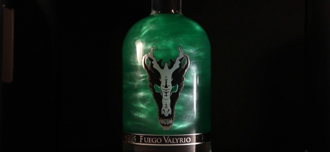 Botella de Fuego Valyrio, el licor inspirado en 'Juego de Tronos'.