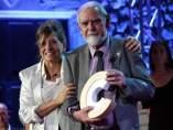 Josep Maixenchs recojiendo el Premi Nacional de Cultura.