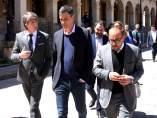 Pedro Sánchez conversa con Martínez durante un paseo por Soria, 10-5-18